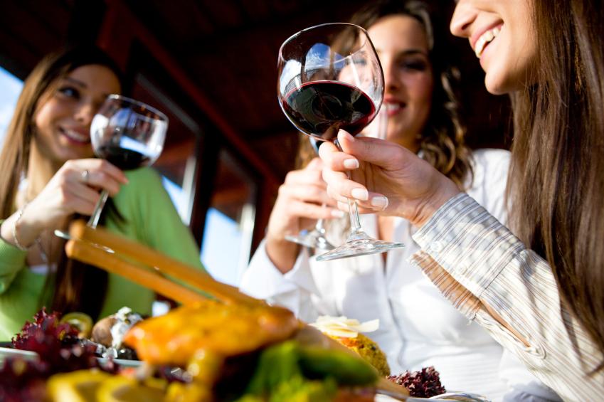 wine-tasting-friend